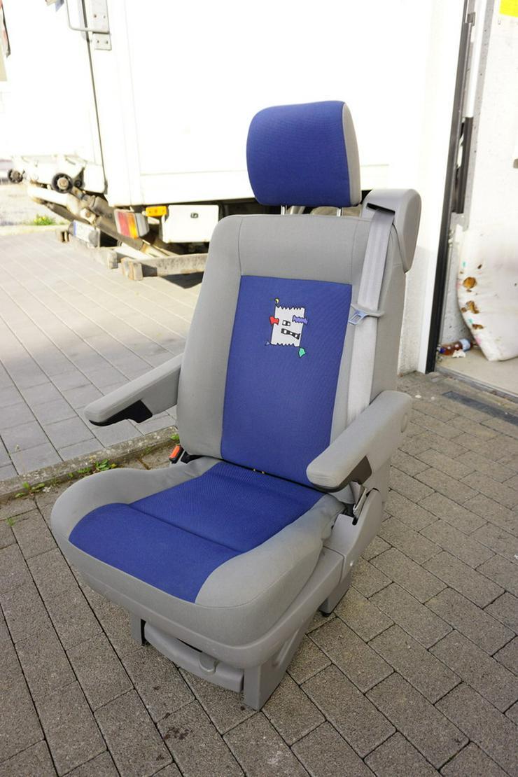 T4 Rücksitzbank und zwei Einzelsitze