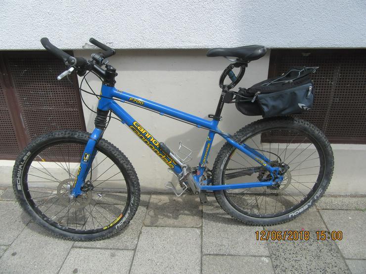 Bild 2: MTB, Mountainbike Damen, Cannondale F 700 blue