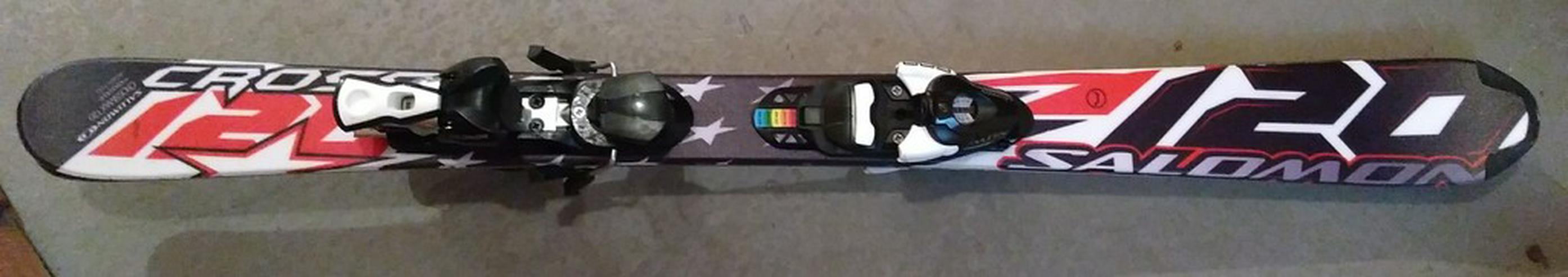 Salomon Skier 120 cm mit Stöcken