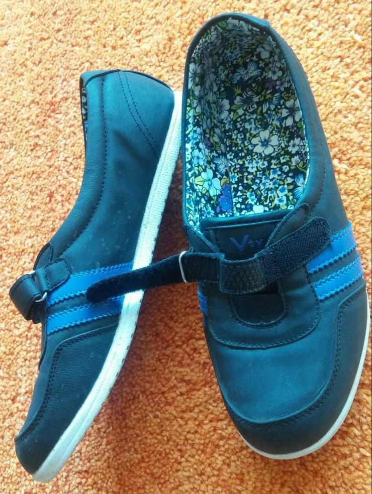 Damen Schuhe Federleicht Klett Slipper Gr.38