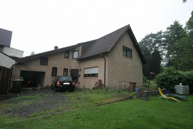 Schnell die Chance nutzen, in Seenähe für einen zivilen Preis ein großes Haus zu ersteh... - Haus kaufen - Bild 1