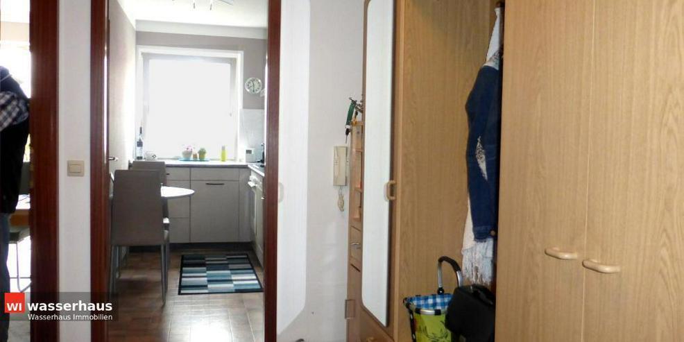 Bild 6: 2 Zimmer mit Südbalkon, EBK, Bad mit Wanne und extra breiten TG Stellplatz