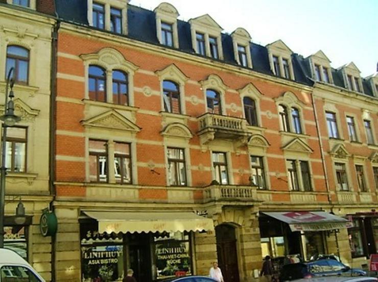 Geräumige 3-Raum-Wohnung im Stadtzentrum!