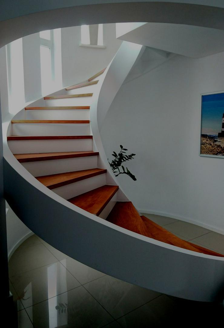 Bild 5: Spiraltreppen - Massive Treppe aus Beton