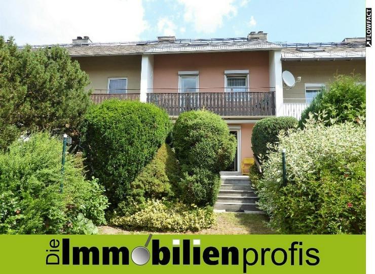Gemütliches Reihenhaus mit Garten und Garage in Hof - Krötenbruck - Haus kaufen - Bild 1