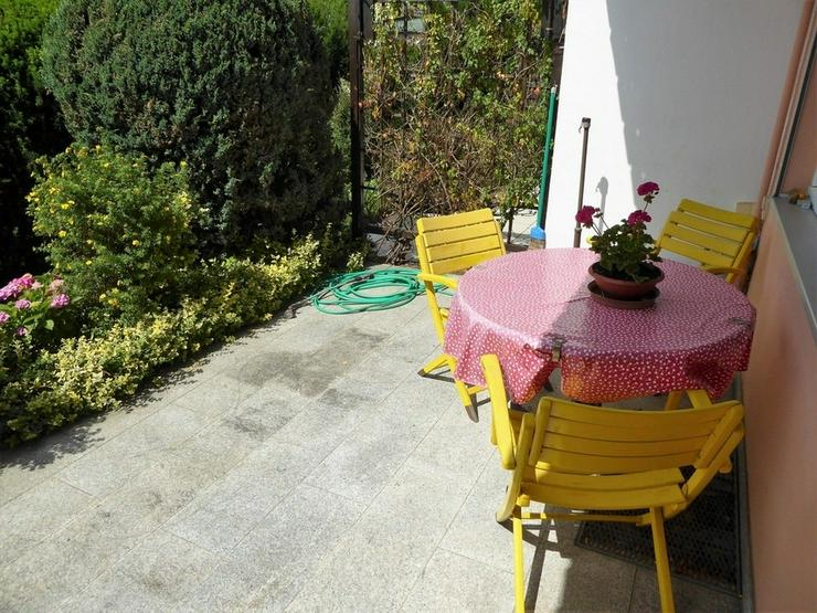 Bild 2: Gemütliches Reihenhaus mit Garten und Garage in Hof - Krötenbruck