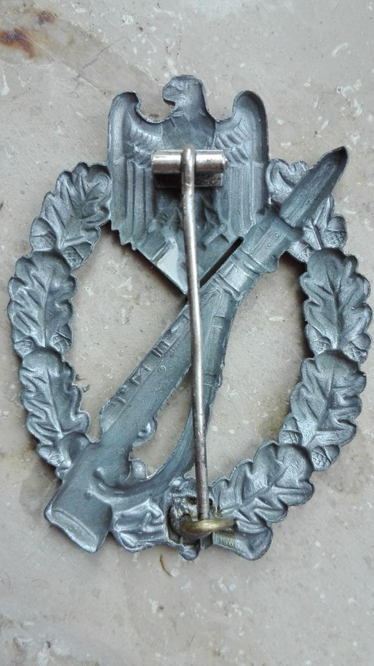 Bild 6: Orden, Ehrenzeichen, Medaillen,