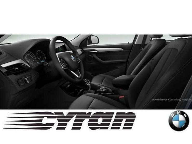 Bild 3: BMW X2 sDrive18d Advantage Aut. Klimaaut. AHK PDC Aut. Heckkl. MF Lenkrad