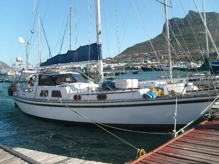 Klassische kreuzende Yacht