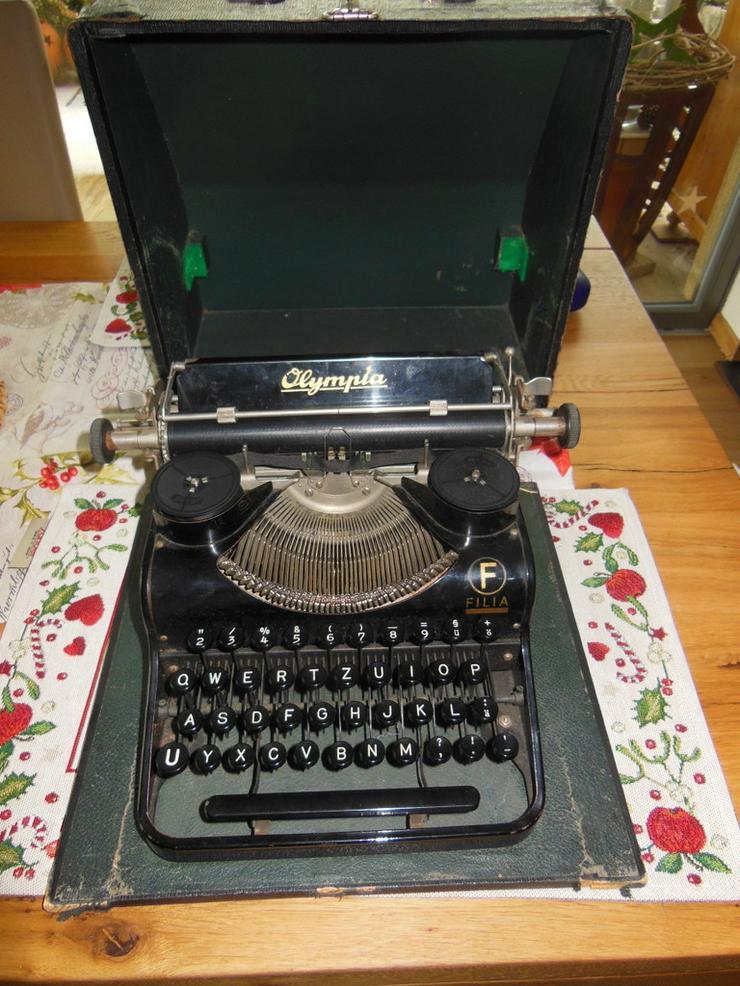 ?Schreibmaschine ? Oldtimer? ? Olympia