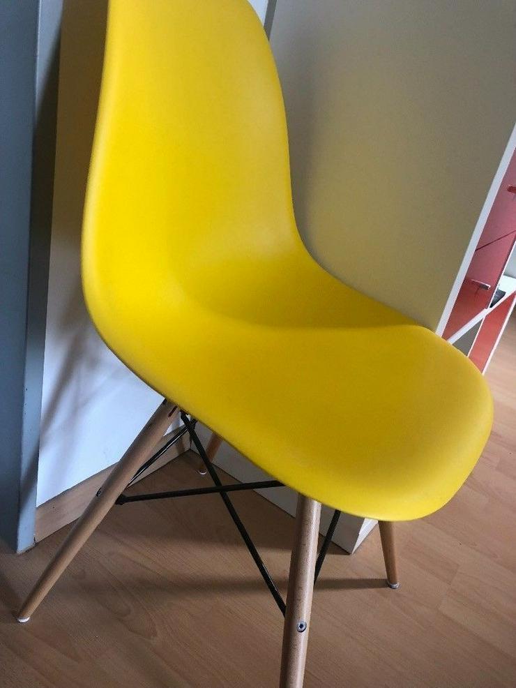 2x Eames Chair Yellow - popfurniture