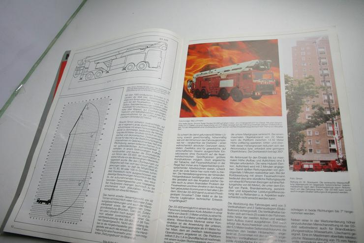 Bild 3: 4 Feuerwehr Magazine