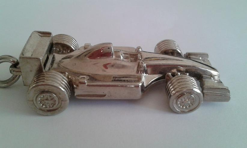 Bild 2: Formel 1 Schlüsselanhänger - Metall/Chrom