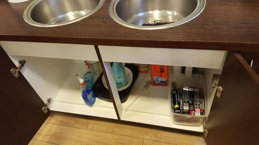 Bild 6: Friseureinrichtung Mixecke mit 2 Waschbecken