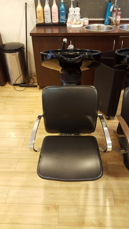 Friseureinrichtung Waschbecken inkl. Stuhl - Regale & Einrichtung - Bild 1