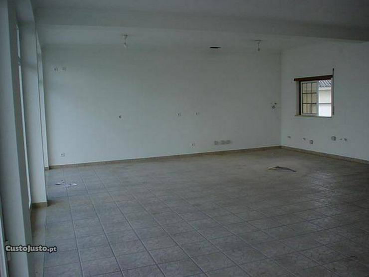 Bild 3: Ladenlokal 107m2 + Garage, M. Grande, Portugal