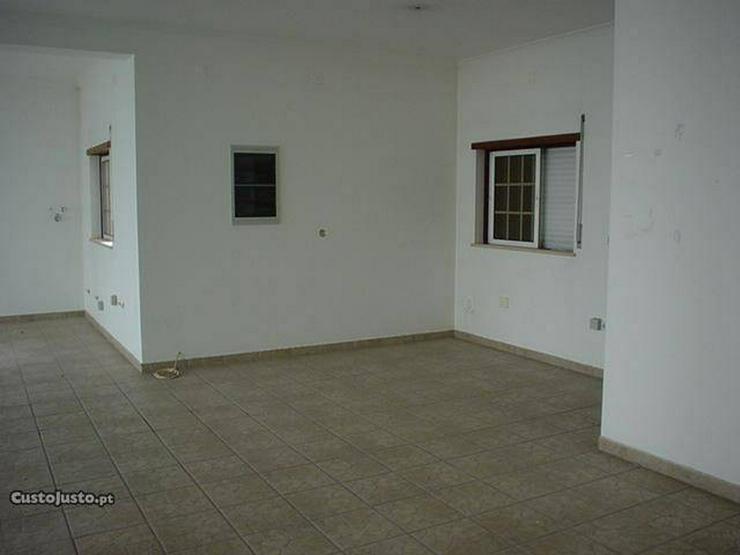 Bild 5: Ladenlokal 107m2 + Garage, M. Grande, Portugal