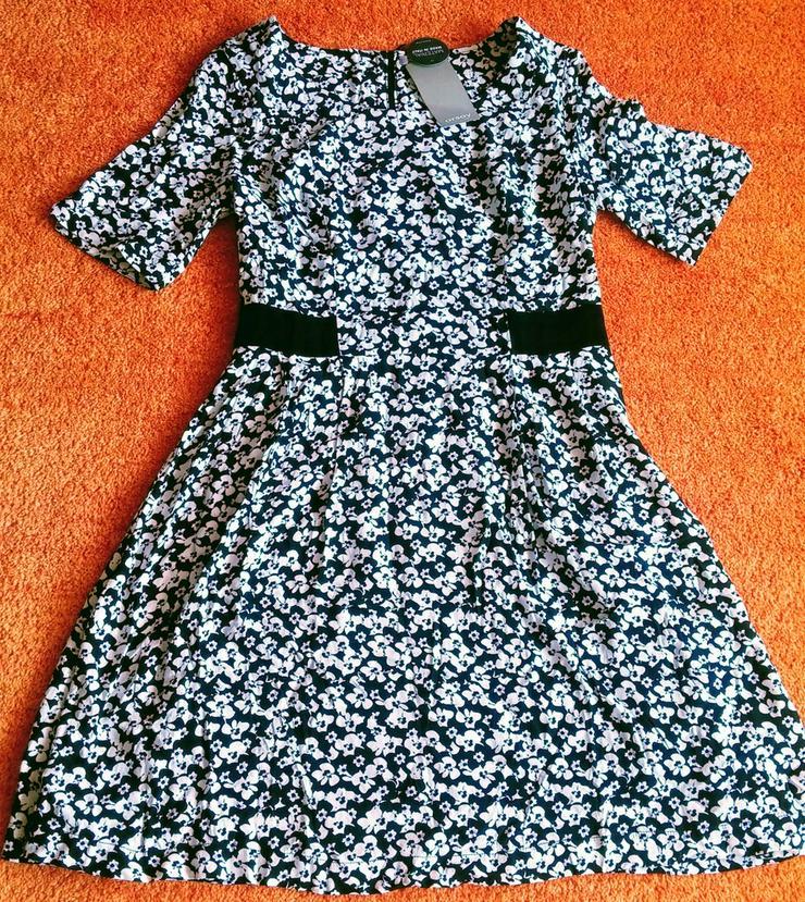 NEU Damen Kleid Sommer Geblümt Gr.40 Orsay