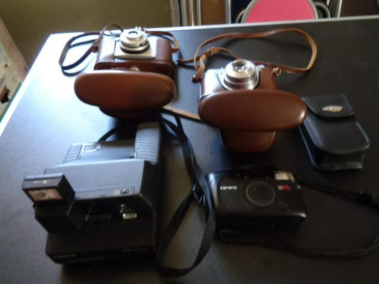 4 Alte Kameras Agfa, Kodak, Polaroid, Carara