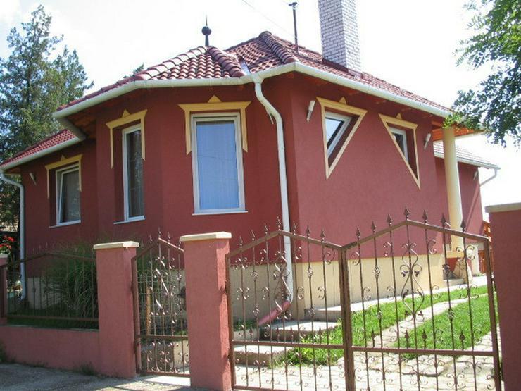 Wunderschönes neuwertiges Haus in Ungarn - Haus kaufen - Bild 1