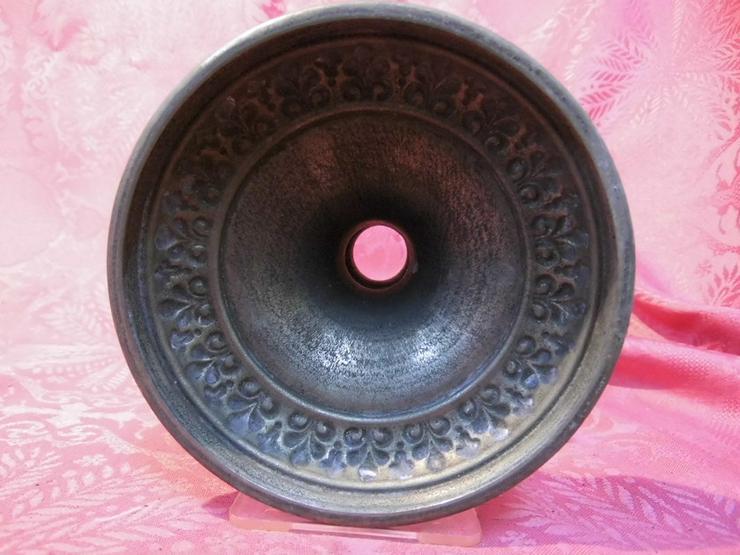 Bild 6: Antiker Kerzenständer / Kerzenhalter / Tischle