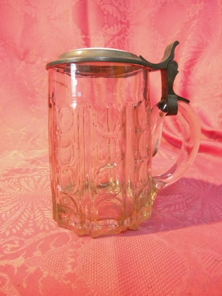 Bild 2: Antiker Glas Bierkrug mit Zinndeckel + Porzell