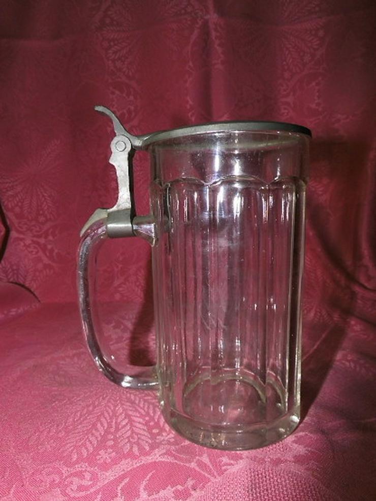 Bild 4: Antiker Glas Bierkrug mit Zinndeckel / Sächsis