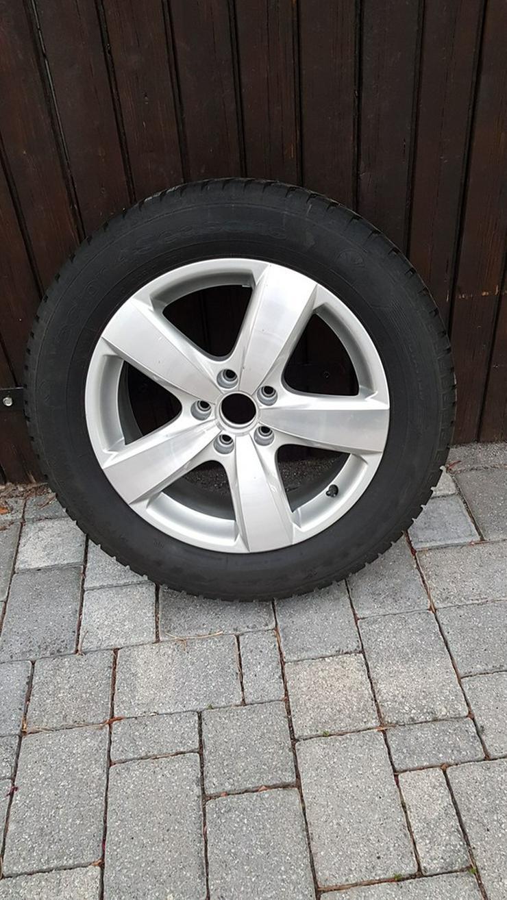 2 VW Reifen mit Alufelgen - Weitere - Bild 1