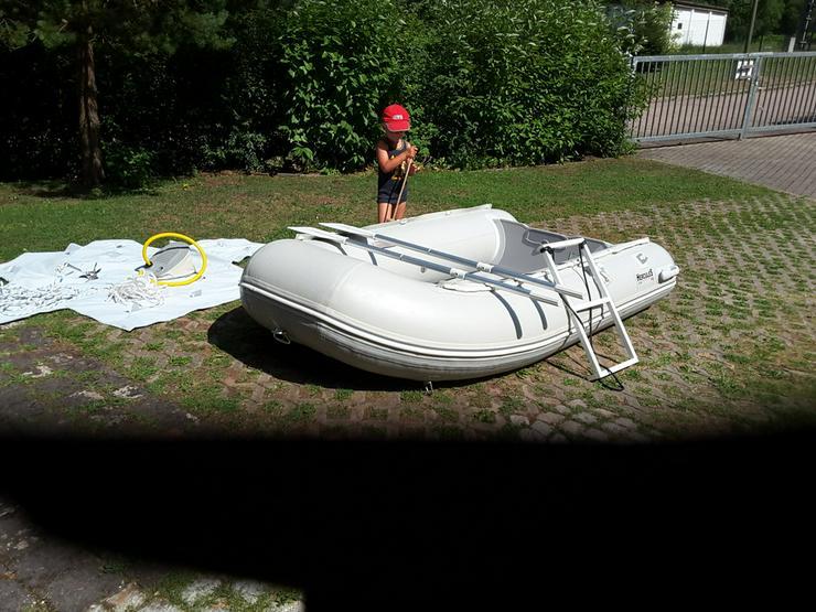 Bild 3: Schlauchboot Herkules