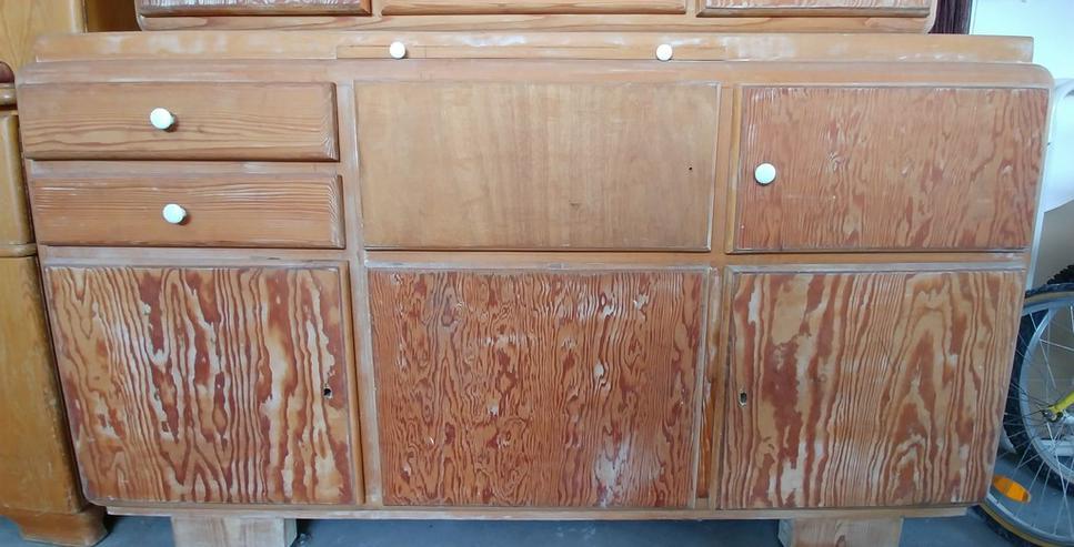 Bild 3: schöner alter Massivholz Küchenbuffet Schrank aus Omas Zeiten