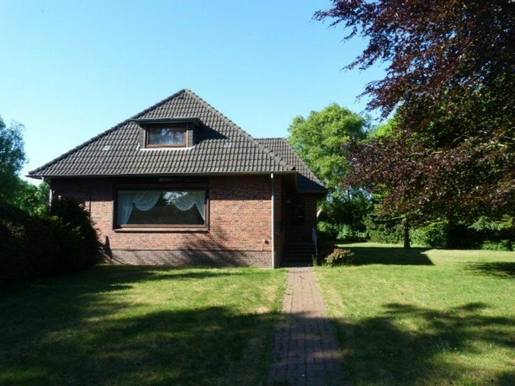 Bild 2: Schönes großes Einfamilienhaus mit Nebenhaus und Garage