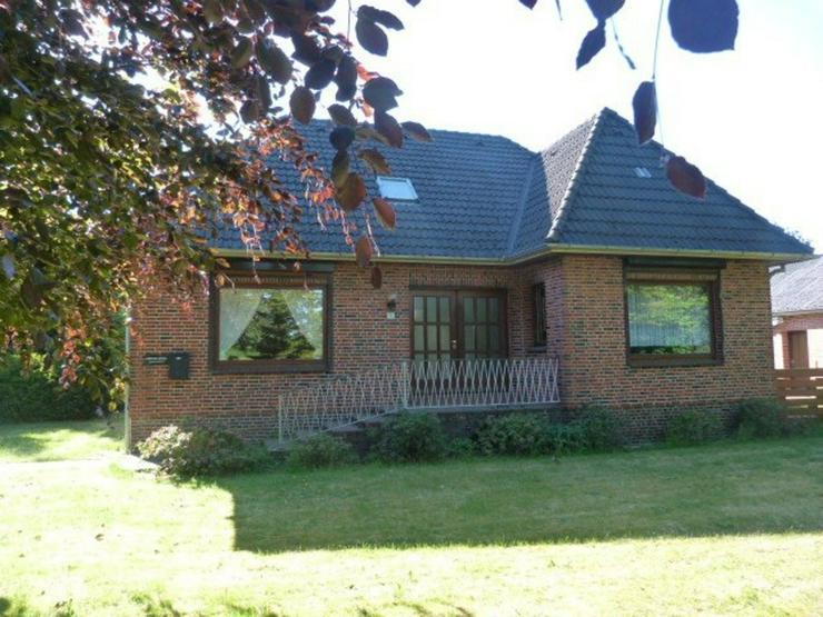 Bild 4: Schönes großes Einfamilienhaus mit Nebenhaus und Garage