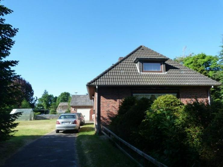 Bild 5: Schönes großes Einfamilienhaus mit Nebenhaus und Garage