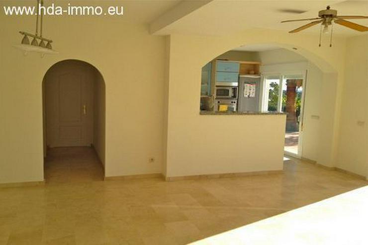 Bild 6: : 4 Schlafzimmer Villa in Estepona mit Meerblick.