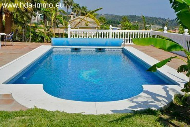 Bild 5: : 4 Schlafzimmer Villa in Estepona mit Meerblick.
