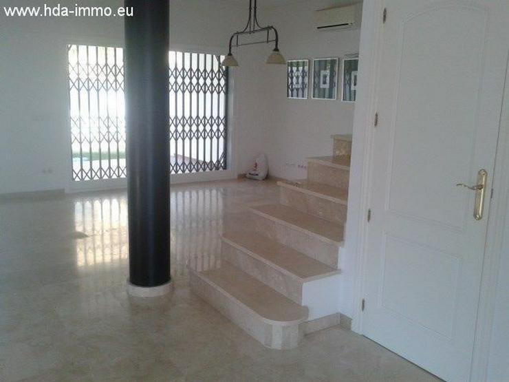Bild 2: : Helles Stadthaus in Golfplatz La Duquesa, Costa del Sol