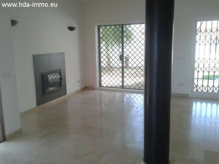 Bild 4: : Helles Stadthaus in Golfplatz La Duquesa, Costa del Sol