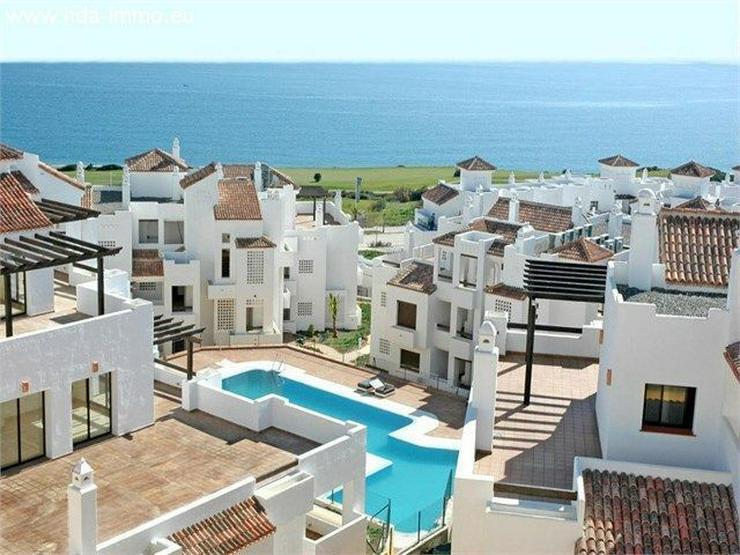 : Apartment mit Meerblick in La Alcaidesa, La Linea - Wohnung kaufen - Bild 1