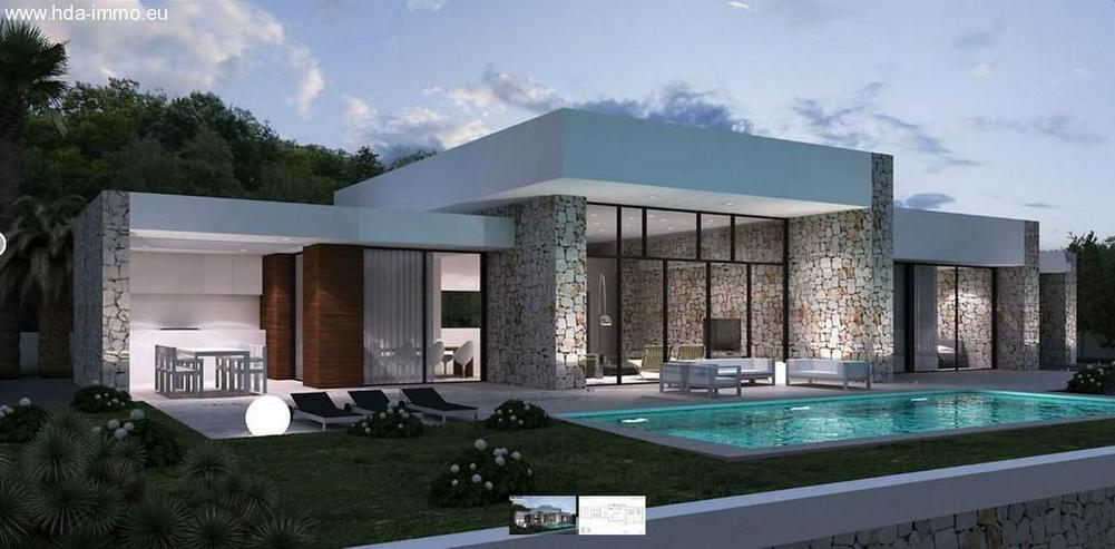 : Neubau, Luxus-Villa mit 2 SZ auf Ihrem Grundstück in Marbella - Haus kaufen - Bild 1