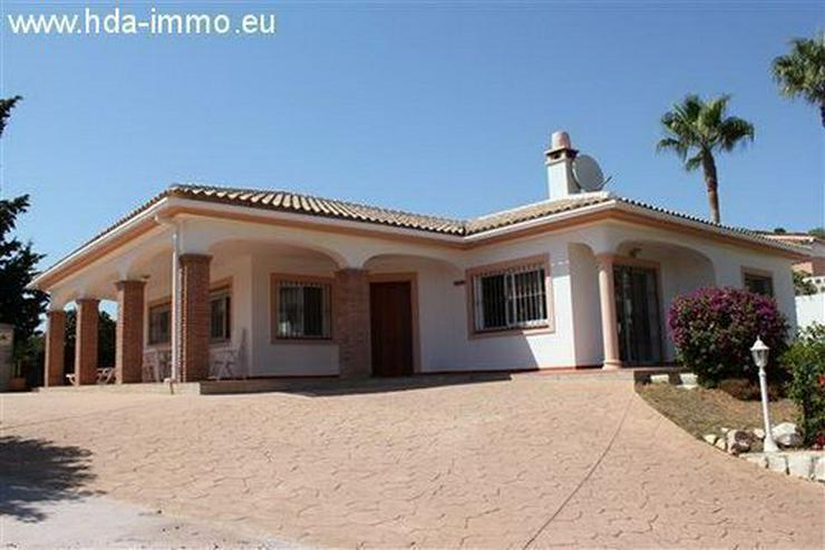 : Schöne Villa auf einer Ebene fussläufig vom Strand und Ortskern La Cala entfernt - Haus kaufen - Bild 1