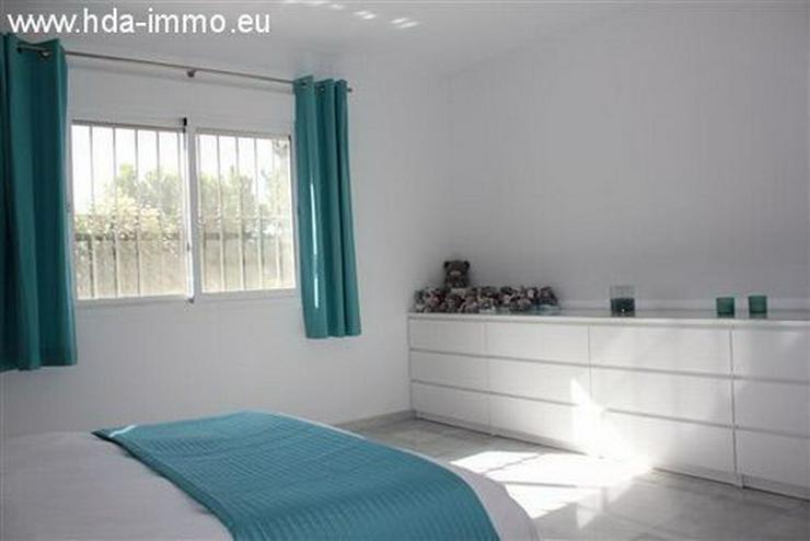 Bild 6: : Schöne Villa auf einer Ebene fussläufig vom Strand und Ortskern La Cala entfernt