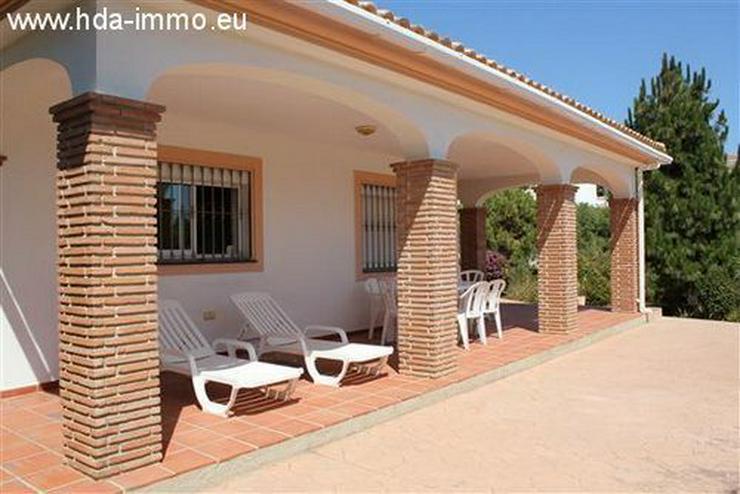 Bild 2: : Schöne Villa auf einer Ebene fussläufig vom Strand und Ortskern La Cala entfernt