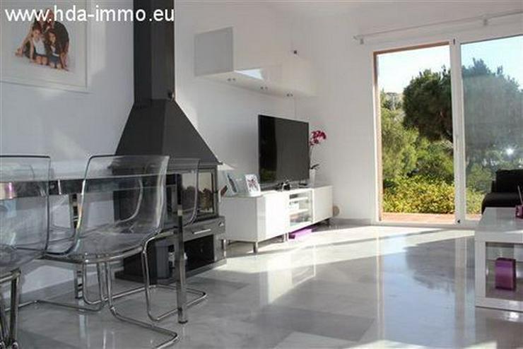 Bild 4: : Schöne Villa auf einer Ebene fussläufig vom Strand und Ortskern La Cala entfernt