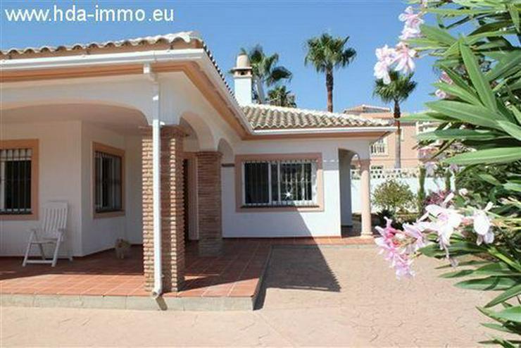 Bild 3: : Schöne Villa auf einer Ebene fussläufig vom Strand und Ortskern La Cala entfernt