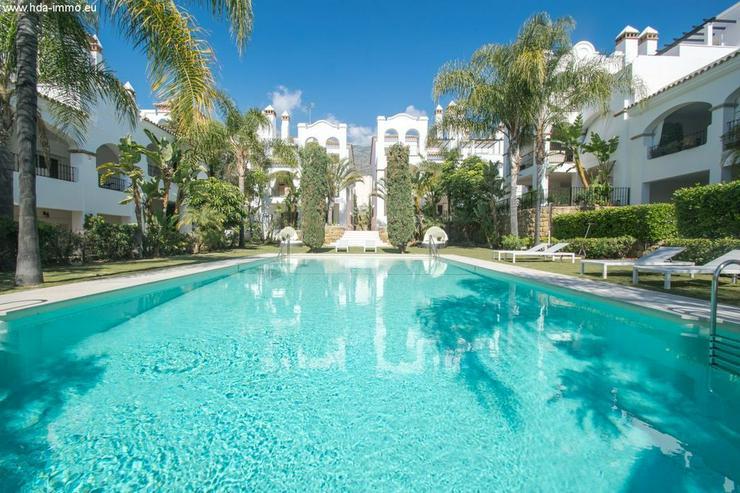 : Leben in der Sierra Blanca in Marbella. neuwertige 2-SZ Wohnung mit Meerblick - Wohnung kaufen - Bild 1