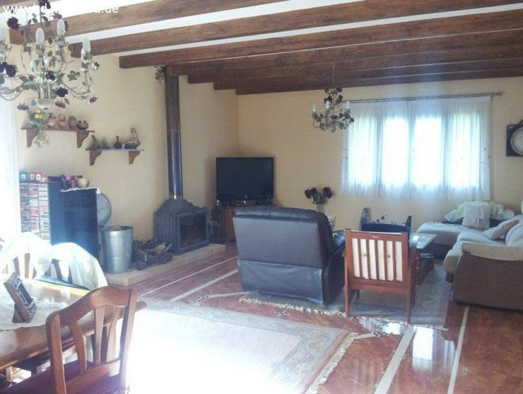 Bild 2: Haus in 07620 - Llucamajor