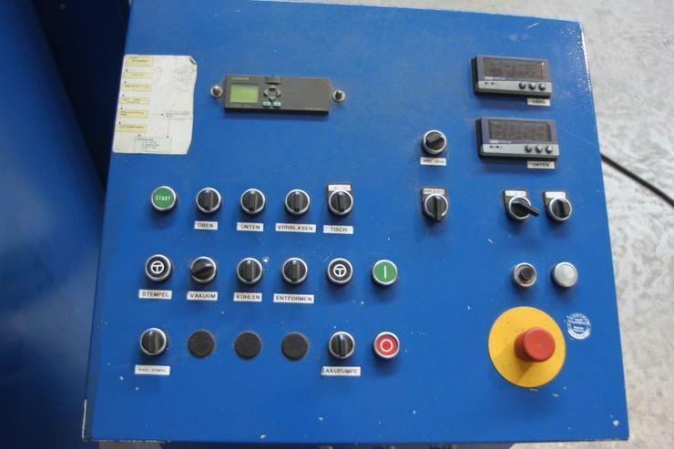 Bild 3: Tiefziehmaschine-Thermoform-Industriemaschine