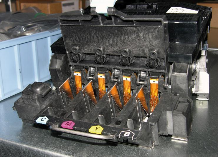 Bild 4: HP - Plotter Ersatzteile fuer alle Geraete