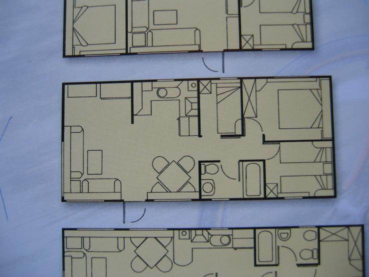Bild 2: Mobilheim mit Gästehaus und Wirtschaftshaus