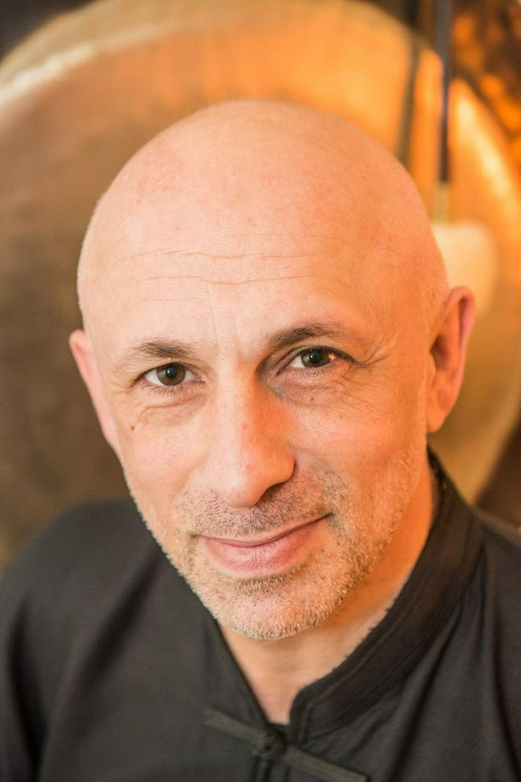 Massage Welt-Profi  Djamal Rustamov in Berlin